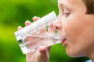 childdrinkingwater